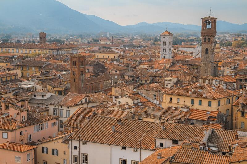 Toskana im Herbst Lucca Torre die Guingini