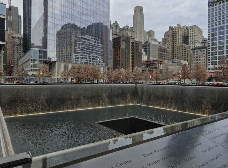 World Trade Center Ground Zero New York 9/11 Memorial