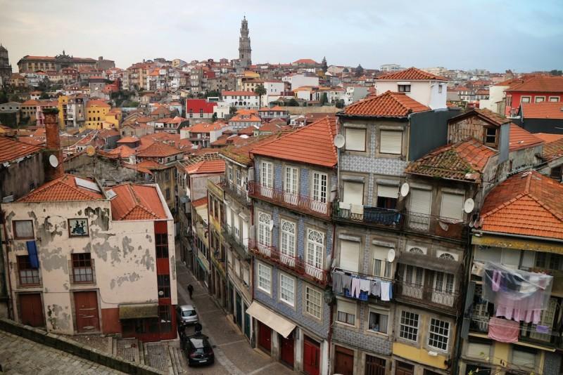 Porto ist die bedeutendste Stadt im Norden Portgals und eine der romantischsten Europas.