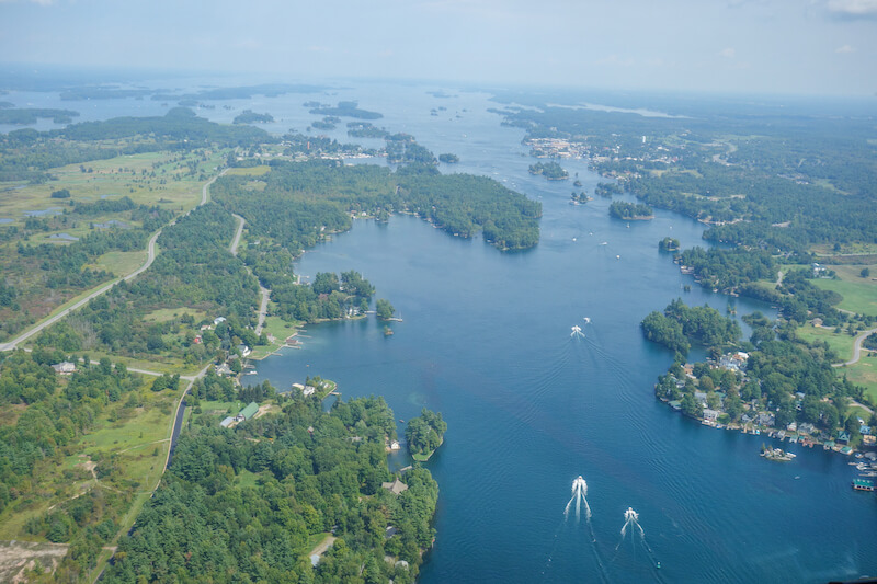 1000-islands-kanada-usa-helikopter