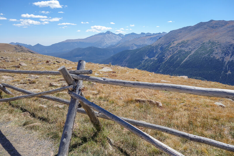 rocky-mountains-colorado-trail-ridge-road