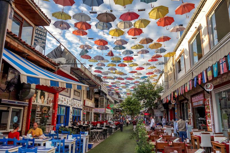 Antalya Türkei Regenschirm Straße