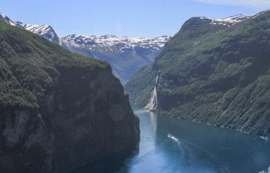 Norwegen Kreuzfahrt Adlerkehre Geirangerfjord
