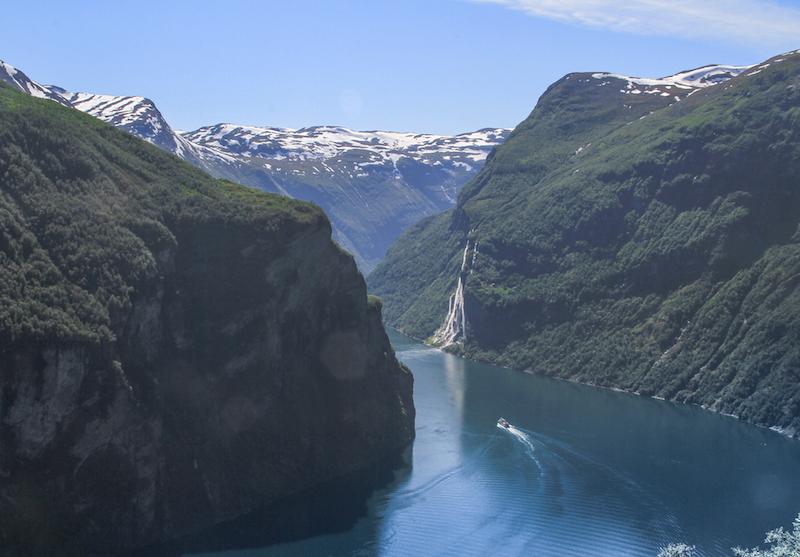 Norwegen Kreuzfahrt: Durch die Fjorde zum Nordkap