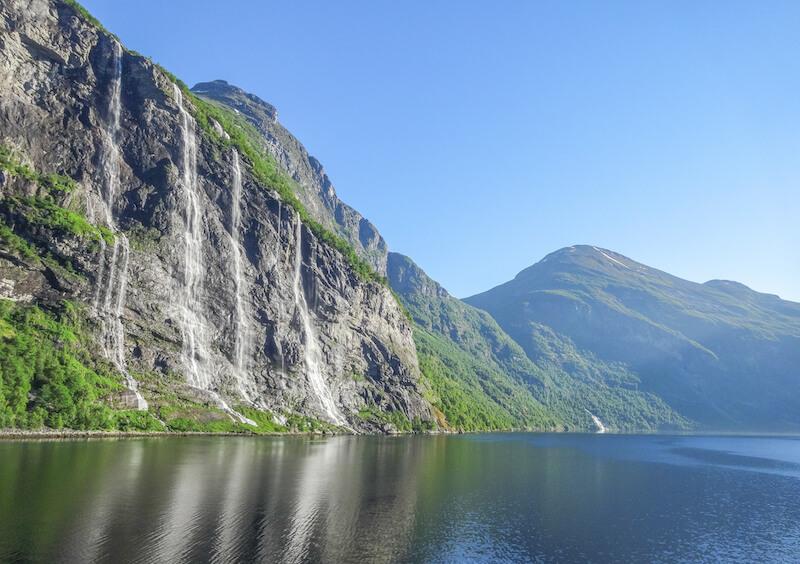 Norwegen Kreuzfahrt Geirangerfjord Wasserfall Fjorde