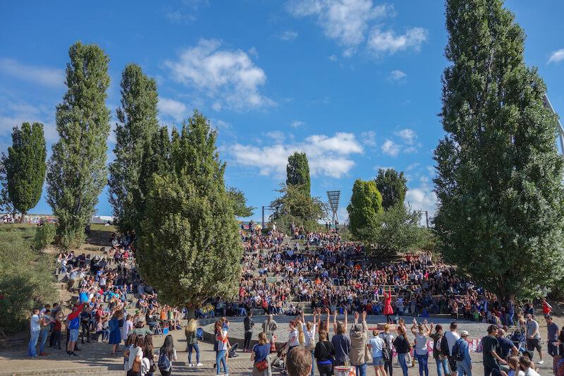sommer-in-berlin-mauerpark