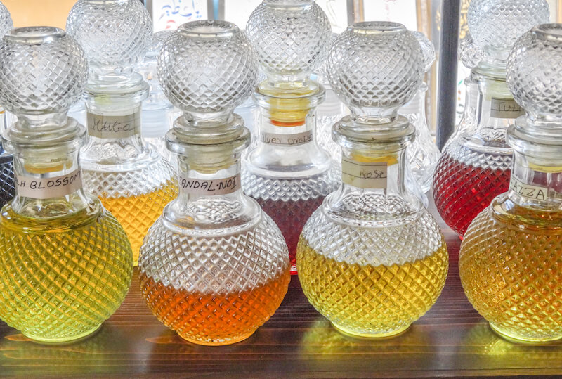 Dubai Sehenswuerdigkeiten Gewuermarkt Spice Souk