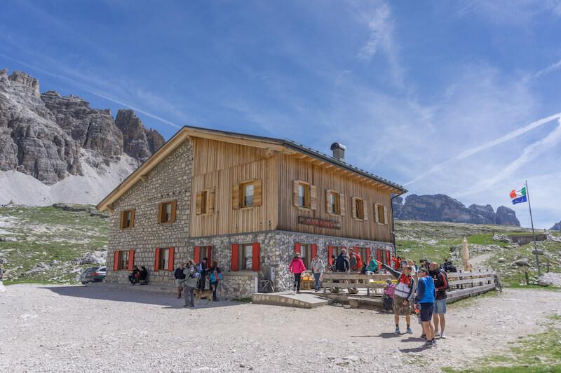 Drei Zinnen Wanderung Lavaredo Huette Dolomiten