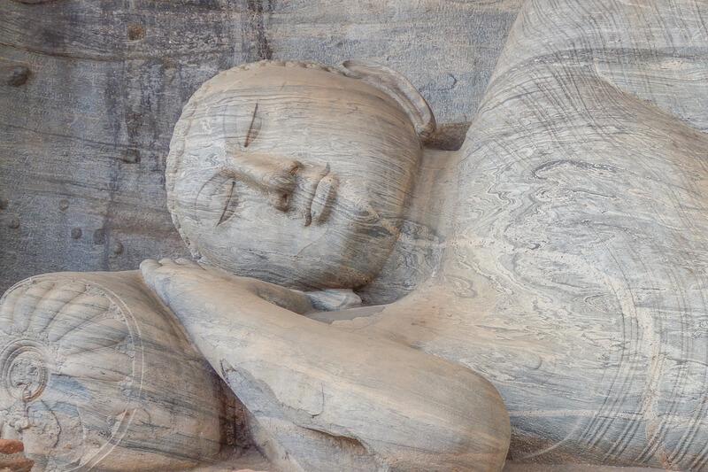 Buddhismus in Sri Lanka Polonarruwa Buddha