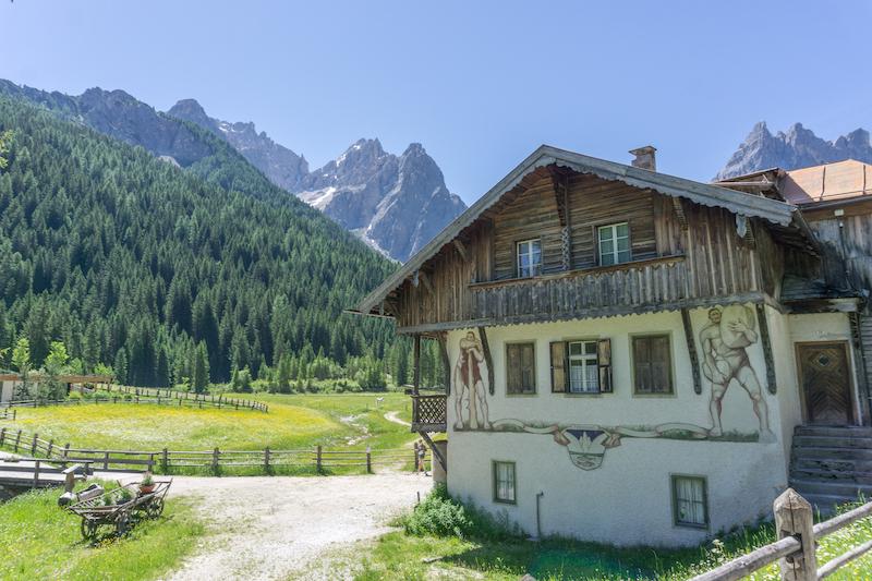 Pragser Wildsee Dolomiten Fischleintal Suedtirol