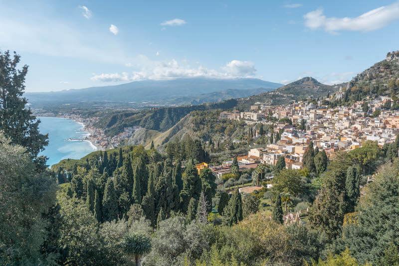 Taormina: Bezauberndes Städtchen an der Ostküste Siziliens