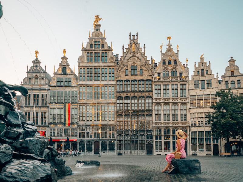 Antwerpen Sehenswuerdigkeiten Grote Markt