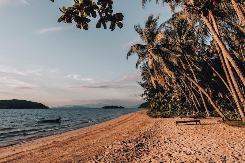Koh Mak Ao Soun Yai beach