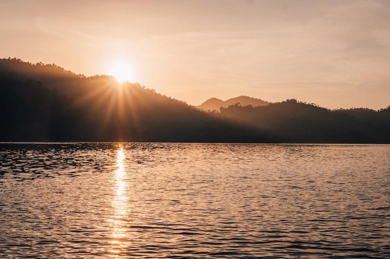Khao Sok Nationalpark Sonnenaufgang