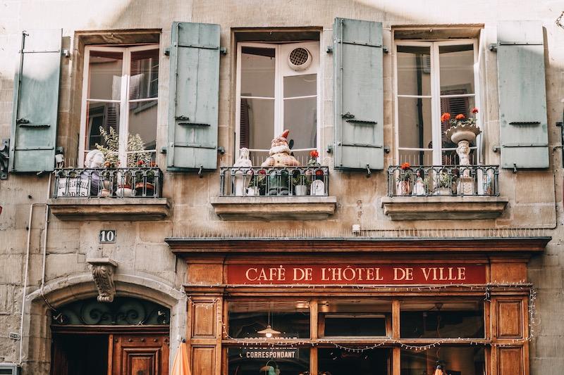 Lausanne Café Hotel de Ville