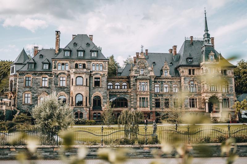 Mosel Urlaub Schloss Lieser