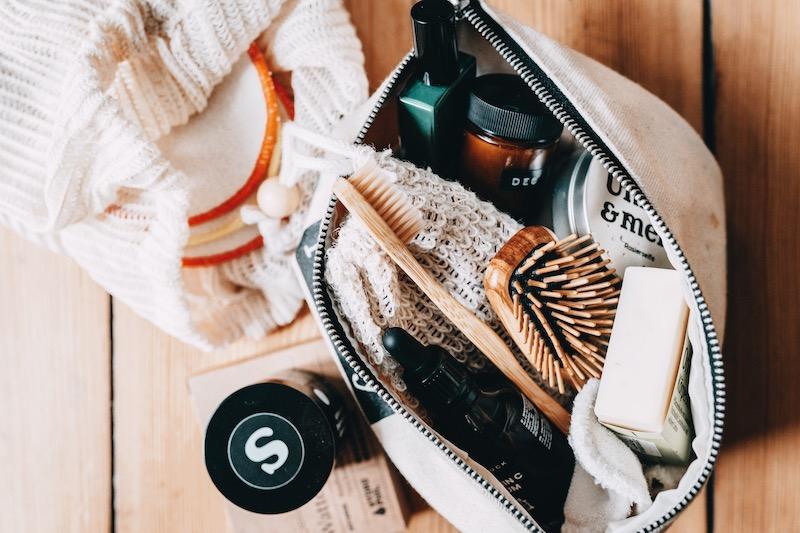 Nachhaltige Kosmetik auf Reisen