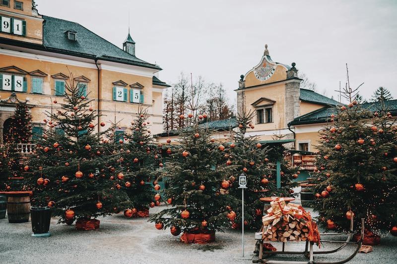 Hellbrunner Adventzauber Salzburg im Winter