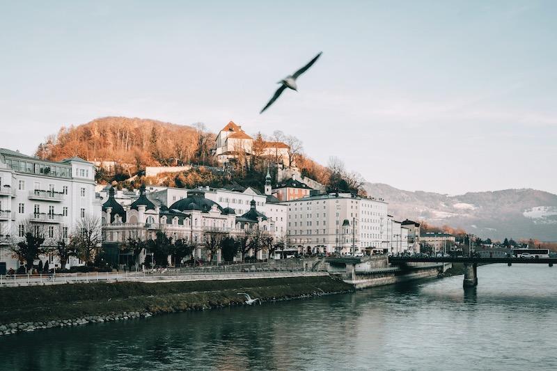 Salzburg im Winter Salzach