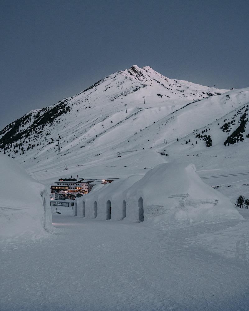 Iglu Übernachtung Alpen