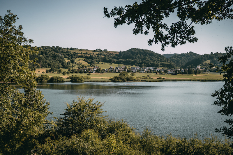 Camping in der Eifel Meerfelder Maar