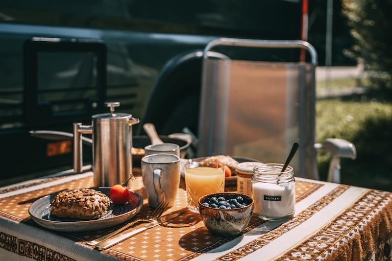 Camping Wohnmobil Frühstück