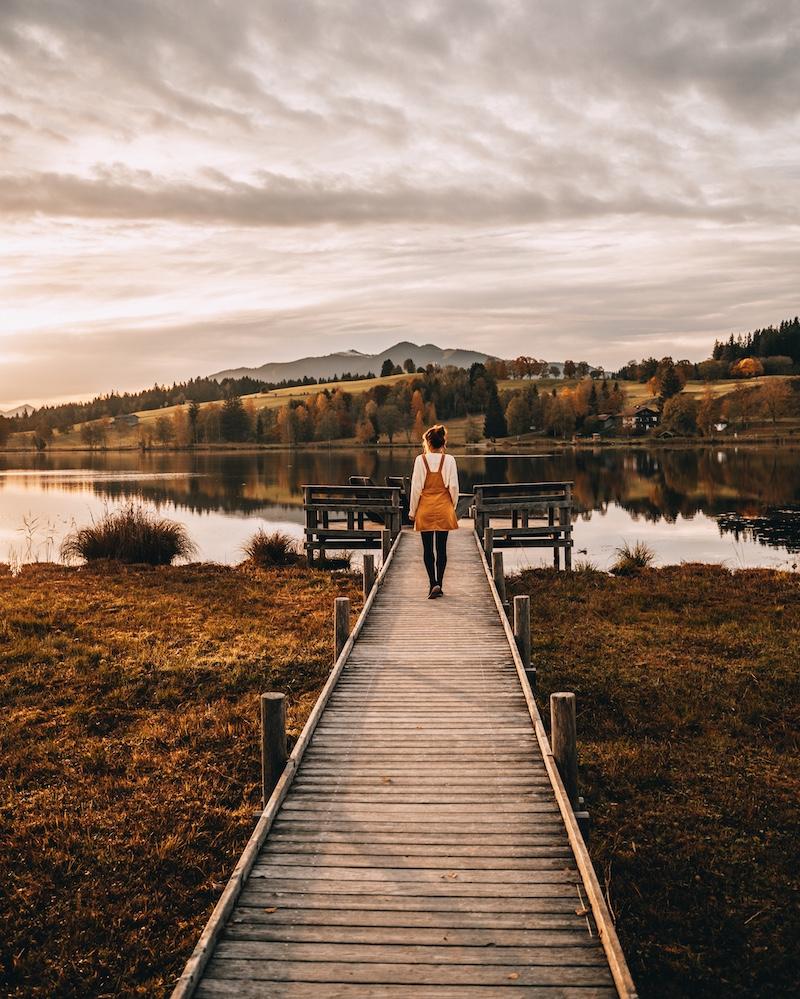 MONTHLY 10|2020 – Die Zeit des Nach-innen-Reisens und des Stillwerdens